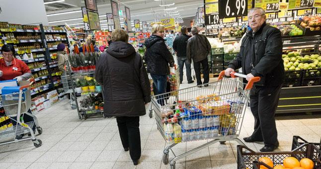 lietuviai Lenkijos parduotuvėse