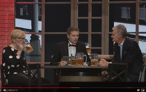 I.Šimonytė, A.Tapinas, G.Nausėda - geria alų