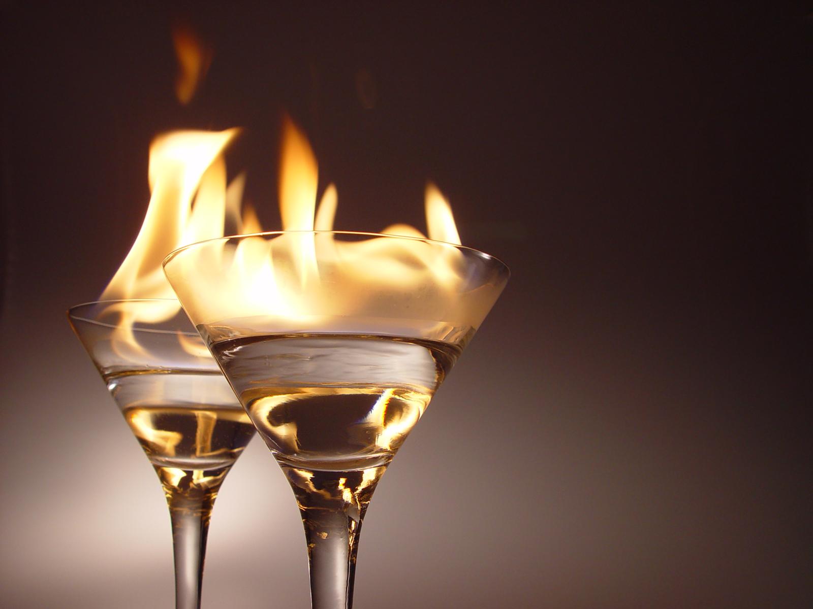 Didžiausi mitai apie alkoholį: kepenims nuo to nė kiek ne geriau, jei geriate prabangų konjaką