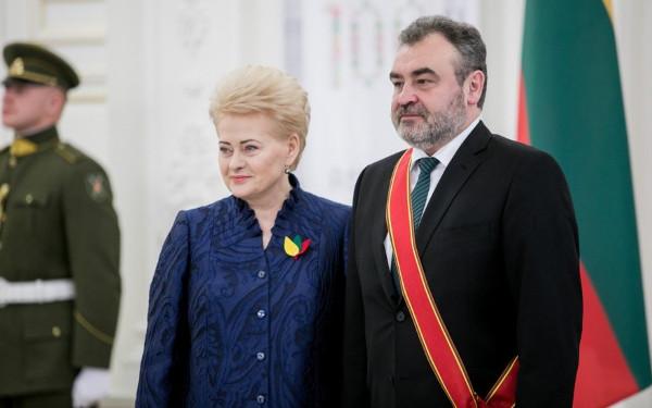 D. Grybauskaitė ir E. Kūris