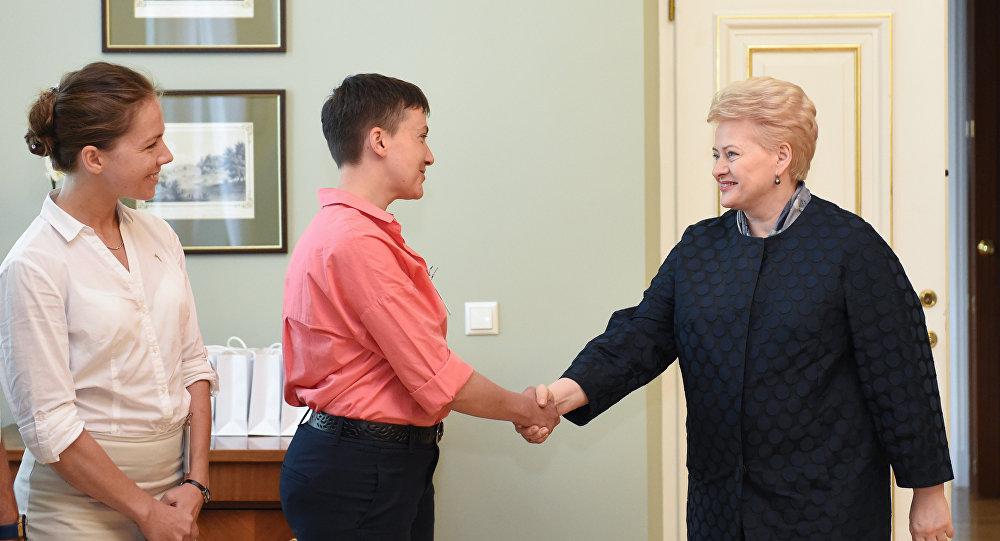 Nadežda Savčenko ir Dalia Grybauskaitė